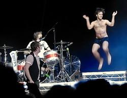 kaiserchiefs-jumpingdude
